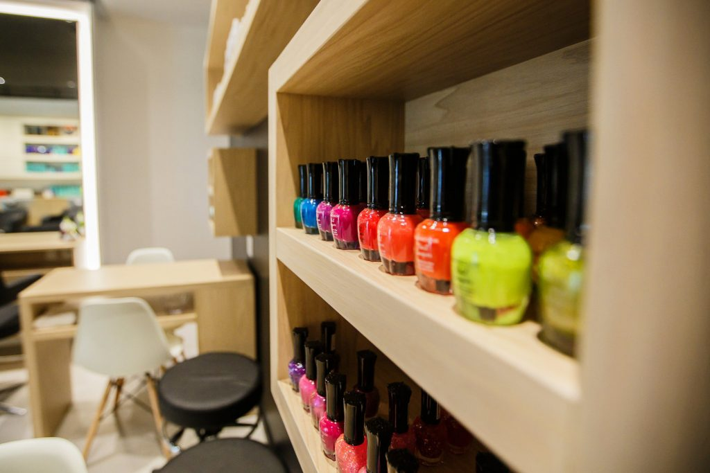 G Style Bar at The Regent Village showing nail varnish